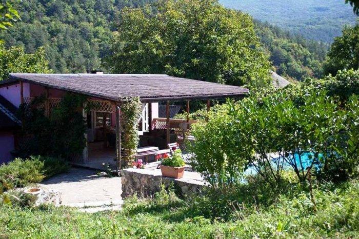 Дом в горах Бахчисарая