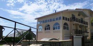 Снять дом с бассейном в Массандре, Дубки, Ялта