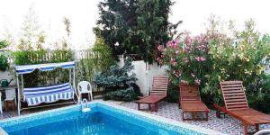 Снять большой дом с бассейном в Отрадное Ялта