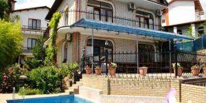 Снять дом с сауной в Гурзуфе для праздника