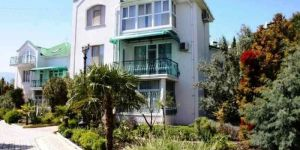 Снять дом на берегу моря в Никите Крым
