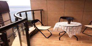 Двухкомнатная квартира у моря в Ялте