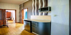 Снять 2 комнатные апартаменты с балконом в Ливадии