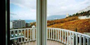Снять 2 комнатные апартаменты с террасой в Ялте, Ливадия