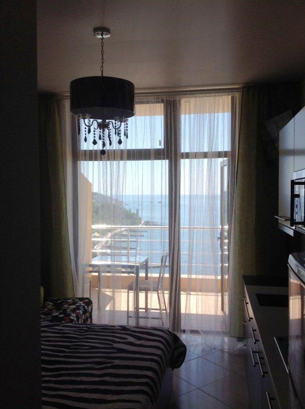 Квартира - студия с видом на море в Малом Маяке