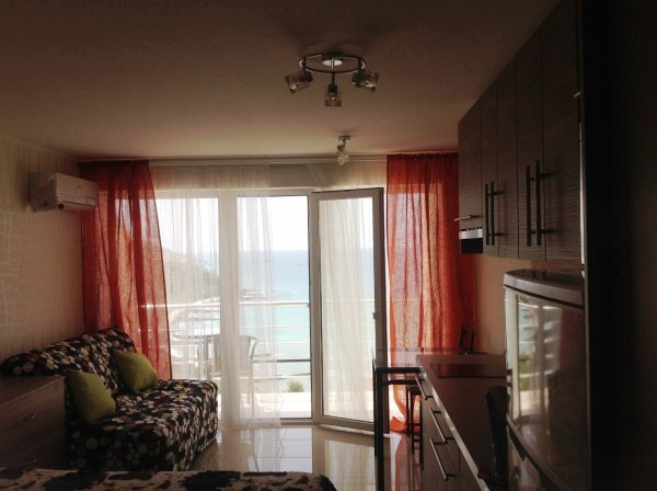 Квартира- студия у моря в Малом Маяке