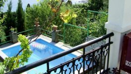 Дом с бассейном в Симеизе