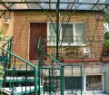 Аренда квартиры в частном доме на набережной в Ялте 03