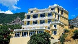Отель у моря в Форосе