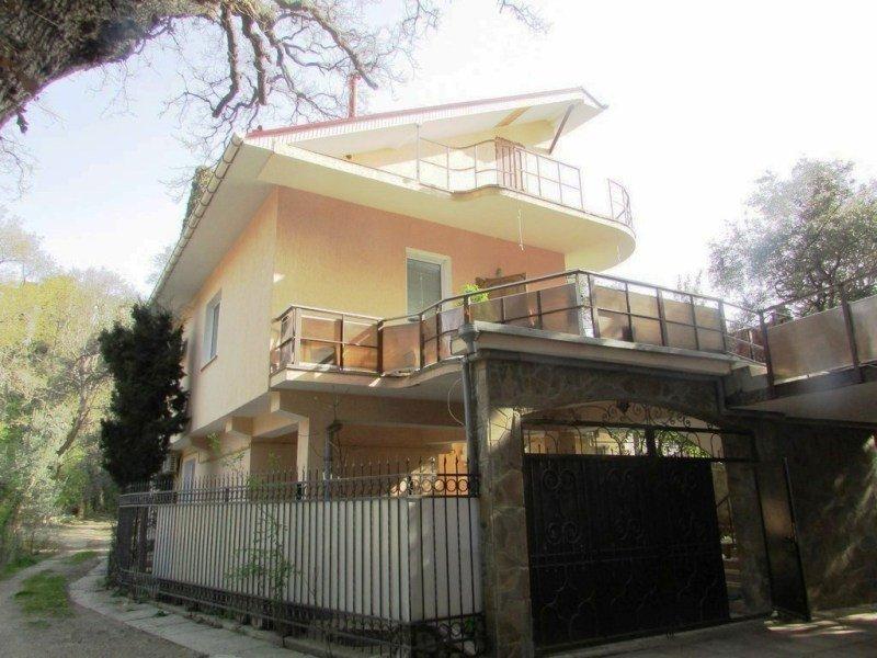 Дом в Магараче