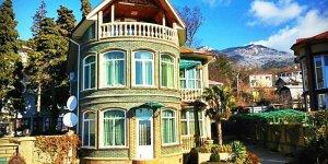 Дом с бассейном в Массандре