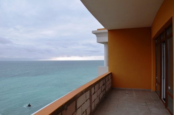 Rent an apartment in Vercelli on the coast inexpensive to 2a human